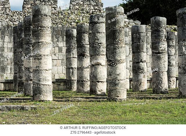 Columns, Temple of the Warriors (Templo de los Guerreros), Chichen Itza, Mayan archaeological site, UNESCO World Heritage Site, Yucatan State, Mexico