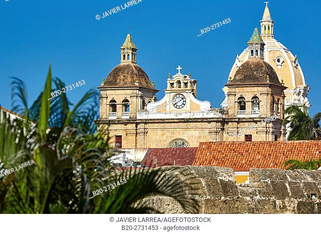 Plaza de la Aduana, San Pedro Claver church, Cartagena de Indias, Bolivar, Colombia, South America