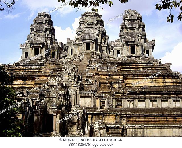 Angkor Ta Kheo Temple general view, Cambodia
