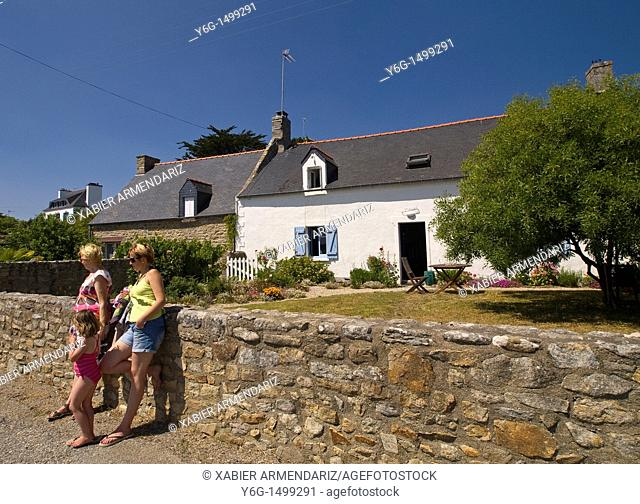 Traditional fishermen's houses at Larmos Baden, Brittany, France, Europe