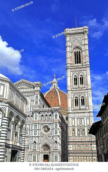 Duomo, Santa Maria del Fiore, Giotto's Bell Tower and Baptistery of St. John, Piazza del Duomo, Florence, Tuscany, Italy, Europe