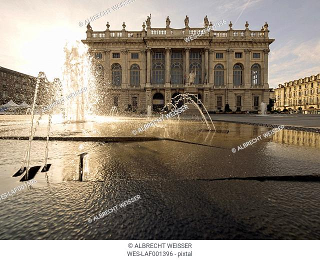 Italy, Piemont, Turin, Palazzo Madama, fountain