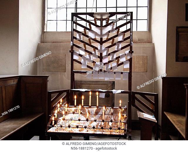 light prayer candles, Saint James's Church Piccadilly, London