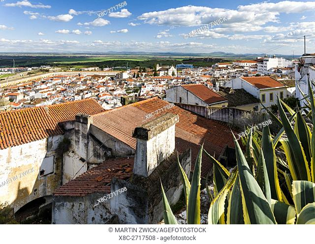 View over the town with the fortifications of Fort Santa Luzia, the greatest preserved fortification worldwide dating back to the 17th century