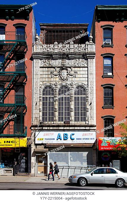 Historic Loew's Canal Street Theater lying empty in the Lower East Side of Manhattan, New York, NY, USA in Fall