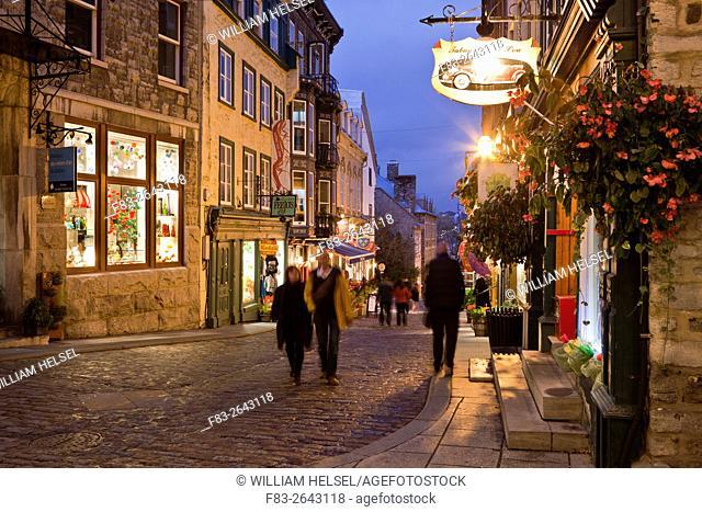 """Rue Sous-le-Fort, Old Town Quebec City, """"""""Vieux-Quebec"""""""", Canada, dusk"""