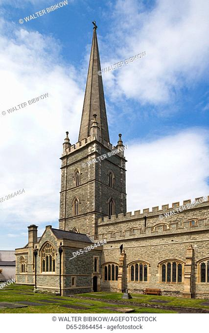 UK, Northern Ireland, County Londonderry, Derry, St. Columb's Cathedral, exterior