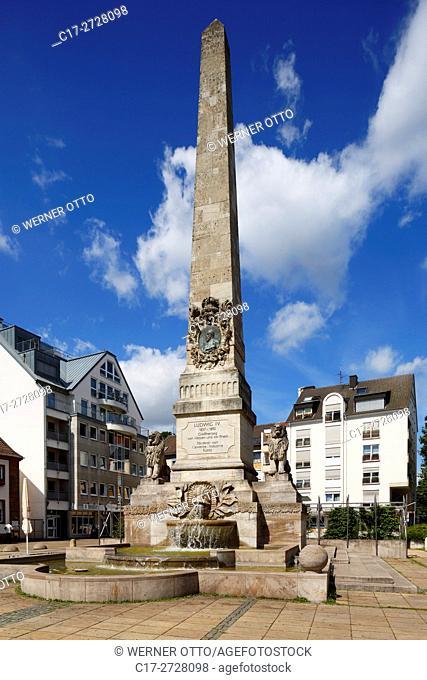 D-Worms, Rhine, Upper Rhine, Rhenish Hesse, Rhine-Neckar area, Rhine-Main district, Rhineland-Palatinate, Ludwig Monument on the Ludwigsplatz in honour of Louis...