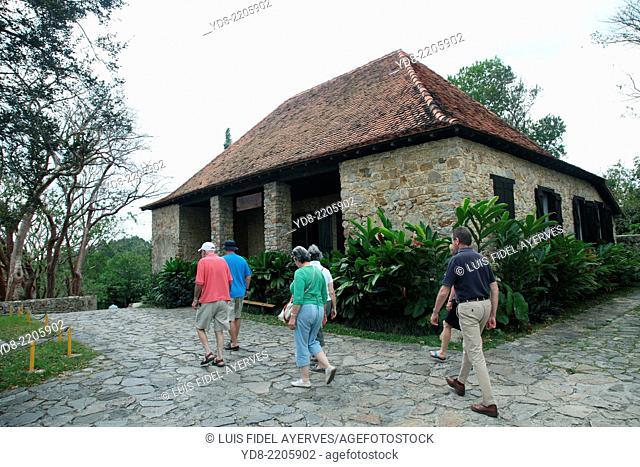 Tourists in Pinar del Rio, Cuba