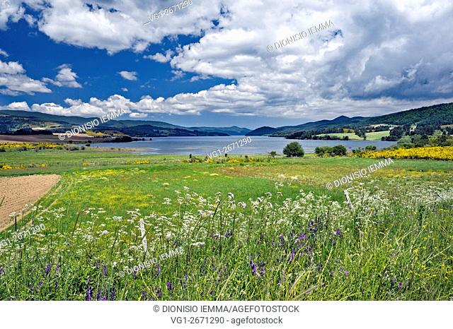 Sila Grande, View of Lake Arvo, Lorica, Cosenza district, the Sila National Park, Calabria, Italy, Europe