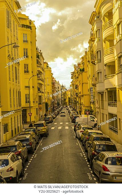 City street with Building and Cars in Nice Centrum in Provence-Alpes-Côte d'Azur, France.