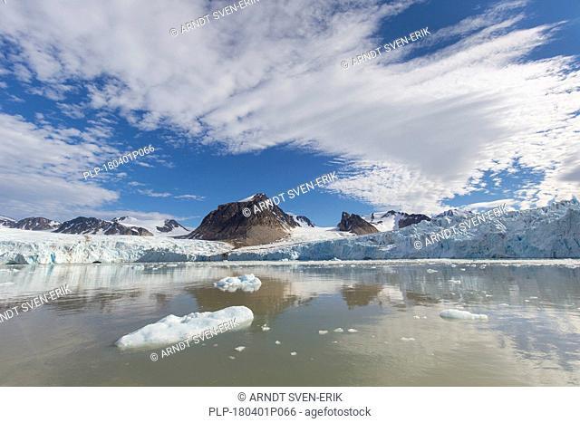 Smeerenburgbreen, glacier near Reuschhalvøya in Albert I Land debouches into Bjørnfjorden, inner part of Smeerenburgfjorden, Svalbard, Norway