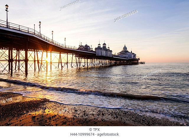 England, East Sussex, Eastbourne, Eastbourne Pier at Dawn