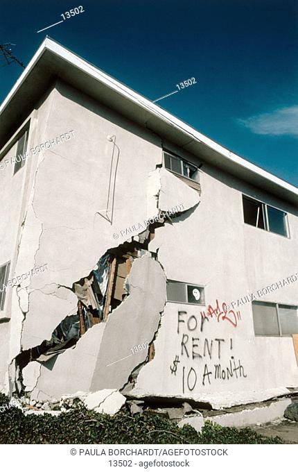 Earthquake effects. Sherman Oaks. Los Angeles. California. USA