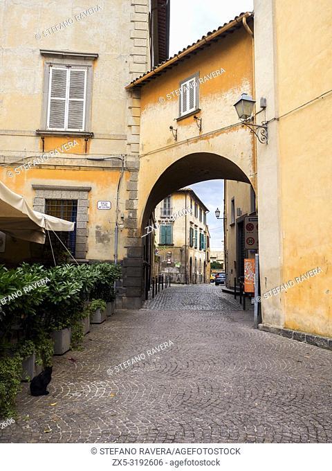Arch in Piazza Antonio Filippo Gualtieri, Orvieto - Umbria, Italy
