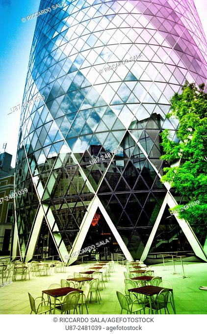 England, London, The Swiss Re Building 'Gherkin', Sir Norman Foster Building