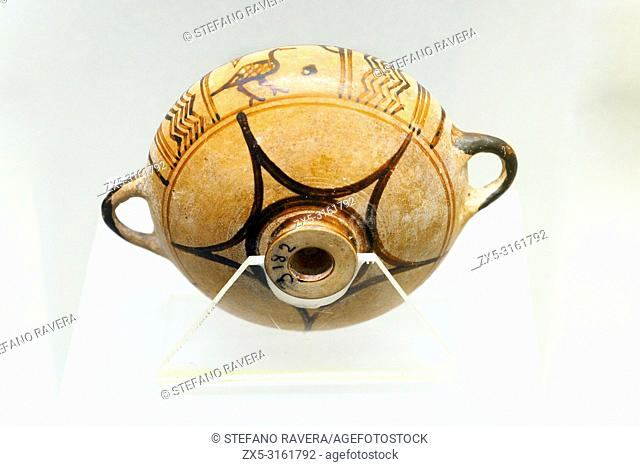 Greek-oriental style cup with bird decoration. Produced in Rhodes. 675-650 BC - National Etruscan Museum of Villa Giulia - Rome, Italy