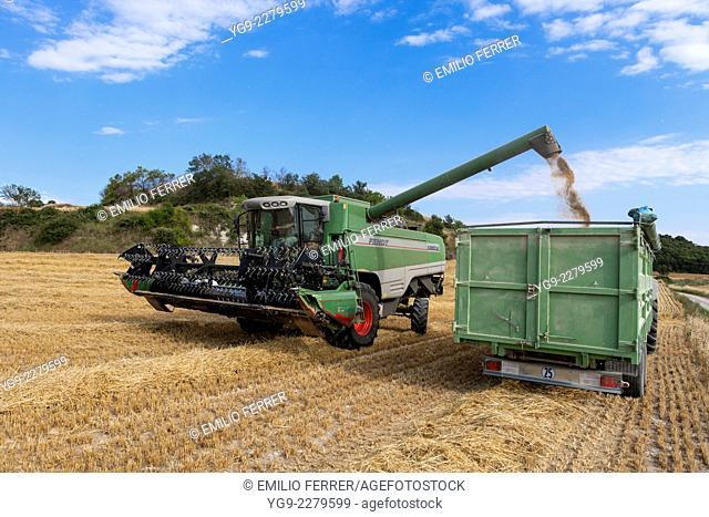 Combine harvester downloading