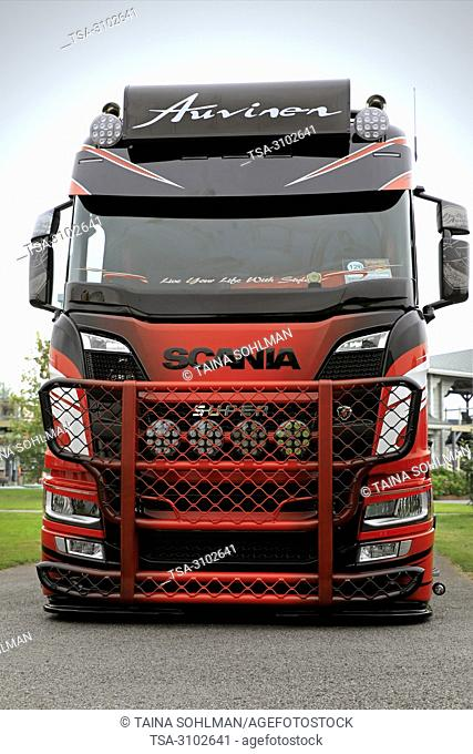 ALAHARMA, FINLAND - AUGUST 10, 2018: New Scania R580 bulk transport truck, front view, of Kuljetus Auvinen Oy wins its category on Power Truck Show 2018