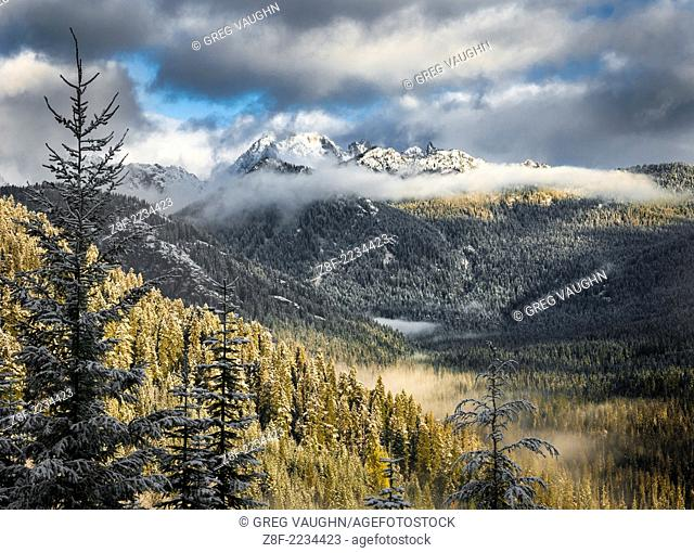 Chikamin Ridge and the Three Queens Peaks above Cooper Lake in the central Cascade Mountains, Okanogan-Wenatchee National Forest, Washington