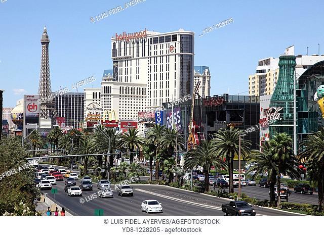 Las Vegas Blvd Strip and traffic in Las Vegas, NV