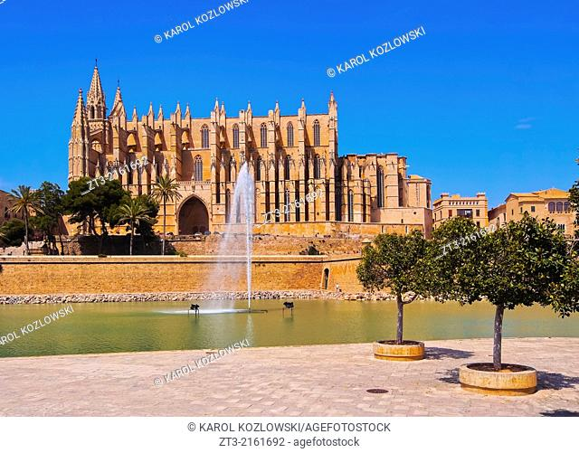 Cathedral in Palma de Mallorca, Balearic Islands, Spain