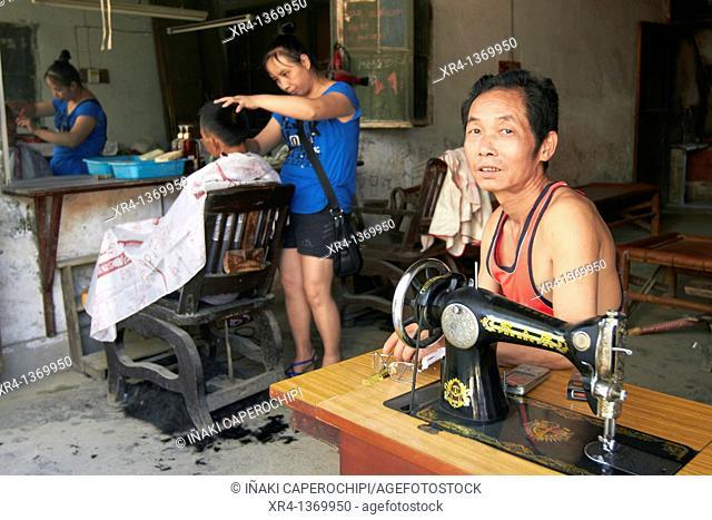 Hairdressing, Market Rongjiang, Rongjiang, Guizhou, China