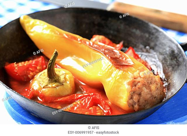 Yellow pepper stuffed with minced meat