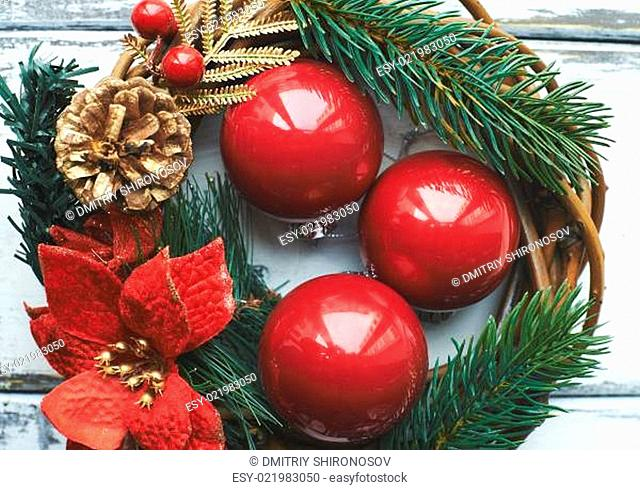 Decorative bubbles and wreath