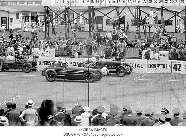 Automobile Race, Indianapolis, Indiana, USA, Arthur Rothstein for U.S. Resettlement Administration, May 1938