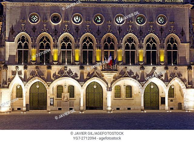 Town hall, Place des Héros, Arras, Pas de Calais Department, Nord-Pas de Calais Picardie region, France