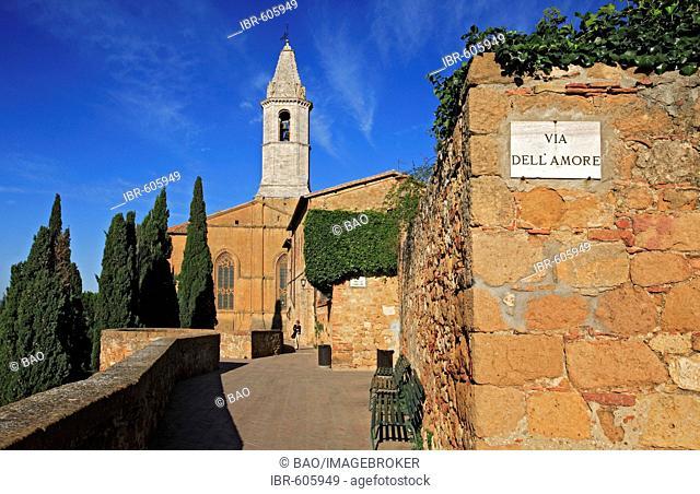 Via della Amore and Cathedral, Pienza, Tuscany, Italy