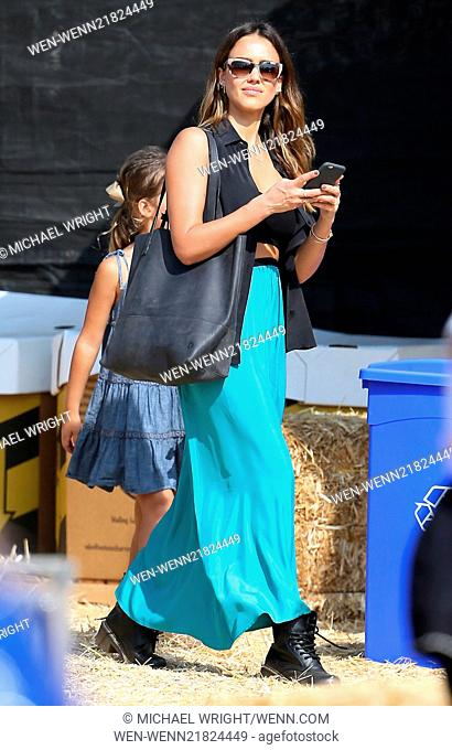 Jessica Alba visits Mr. Bones Pumpkin Patch with her daughters Honor and Haven Featuring: Jessica Alba Where: Los Angeles, California