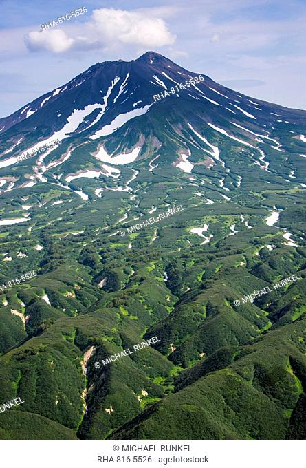 Ilyinsky (volcano) on Kurile lake, Kamchatka, Russia, Eurasia