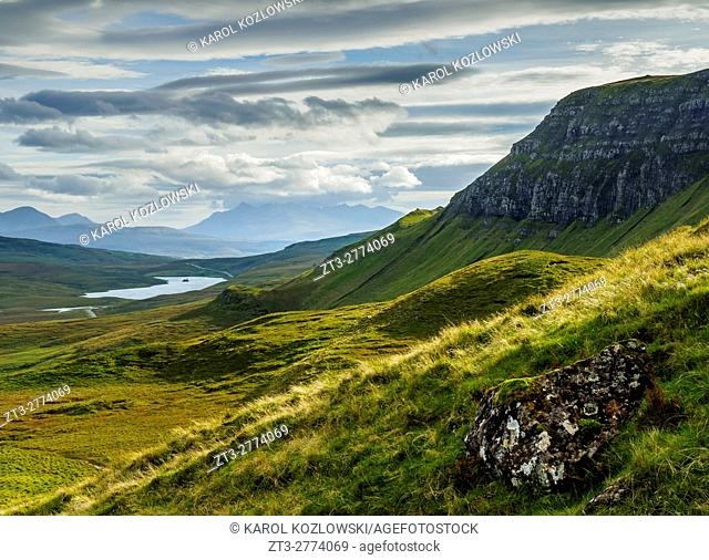 UK, Scotland, Highlands, Isle of Skye, View from The Storr towards the Loch Leathan