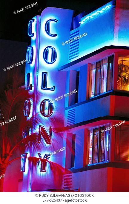 Colony Hotel, art deco district, South Beach, Miami Beach. Florida, USA