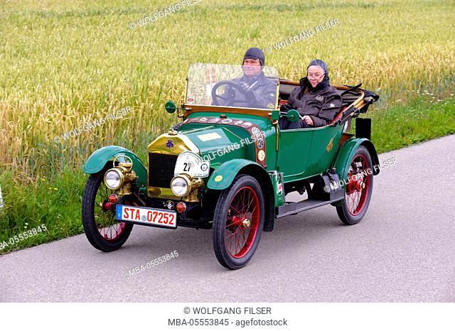 Old-timer rally 'Herkomer contention' in Landsberg in Lech for at least 80 year-old cars, here close Swift 7half board Cyclecar phaeton
