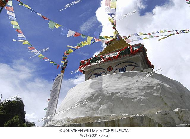NEPAL Namche Bazaar -- Tibetan Buddhist chortern (stupa) -- Picture by Jon Mitchell / Lightroom Photos