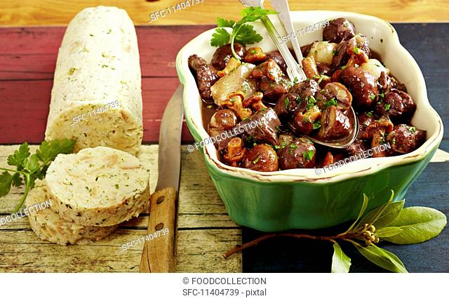Venison goulash with chestnuts and napkin dumplings