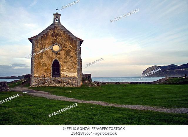 Santa Catalina Chapel, Mundaka Village, Urdaibai Biosphere Reserve, Biscay, Basque Country, SpainEurope