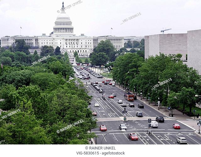 USA : Pennsylvania Avenue and the Capitol in Washington , 23.05.2017 - Washington, District of Columbia, USA, 23/05/2017