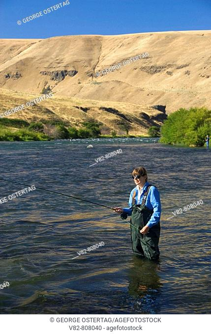 Flyfishing, Deschutes River State Park, Deschutes Wild and Scenic River, Columbia River Gorge National Scenic Area, OR