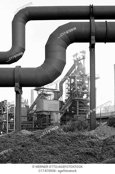 Seventies, black and white photo, economy, steel industry, blast furnace Hamborn in Duisburg-Hamborn, operator ThyssenKrupp AG, ThyssenKrupp Steel AG