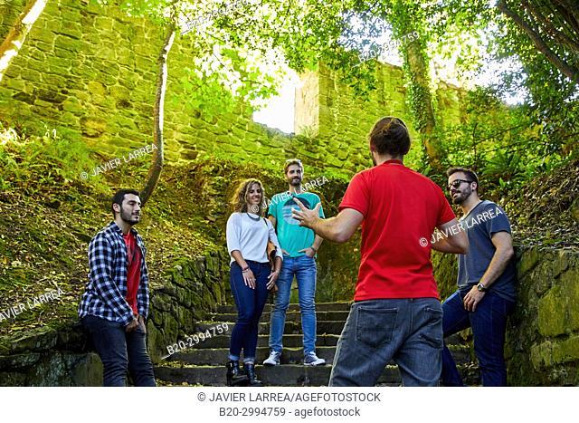 Group of tourists and guide making a tour of the city, Climb to Mount Urgull, Castillo de la Mota, Donostia, San Sebastian, Gipuzkoa, Basque Country, Spain