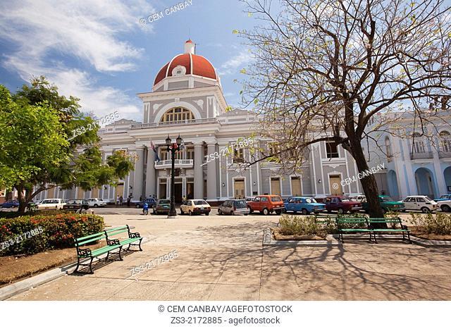 View from Parque Jose Marti to Palacio del Gobierno, Goverment House, Cienfuegos, Cuba, West Indies, Central America