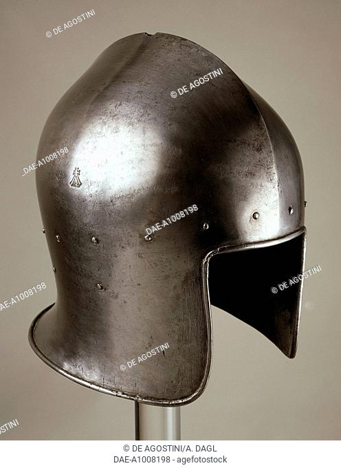 Italian helmet from armour which belonged to Gian Galeazzo D'Arco, 1445-1450, made in Milan by the armourer Tommaso Missaglia. Italy, 15th century