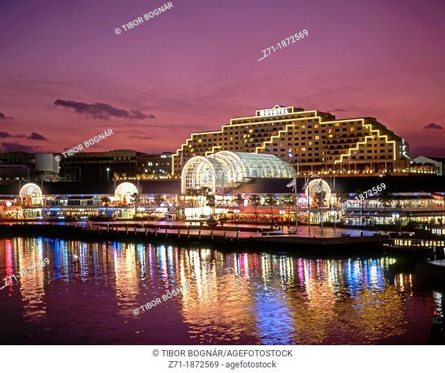 Australia, Sydney, Darling Harbour, Harbourside, Novotel Hotel