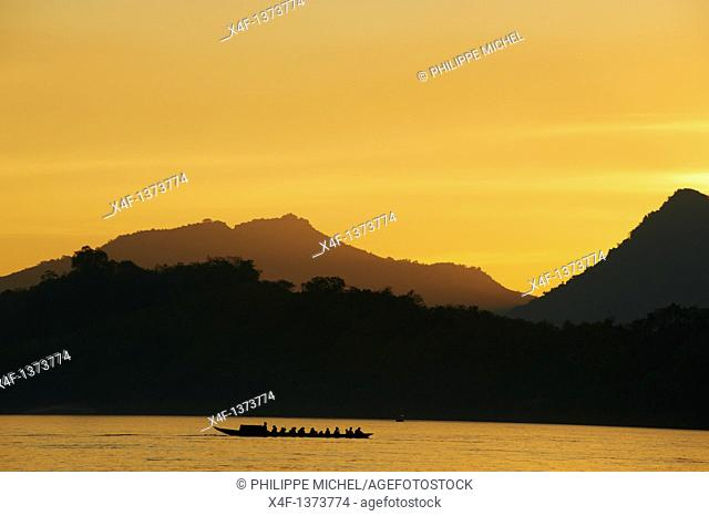 Laos, Province of Luang Prabang, city of Luang Prabang, World heritage of UNESCO since 1995, Mekong river