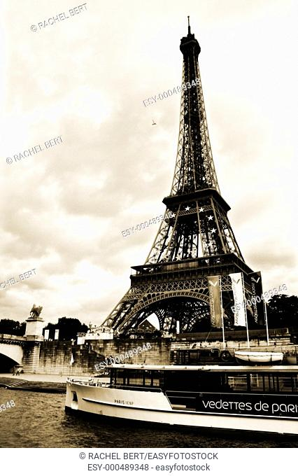Eiffel Tower, view from a 'bateaux'