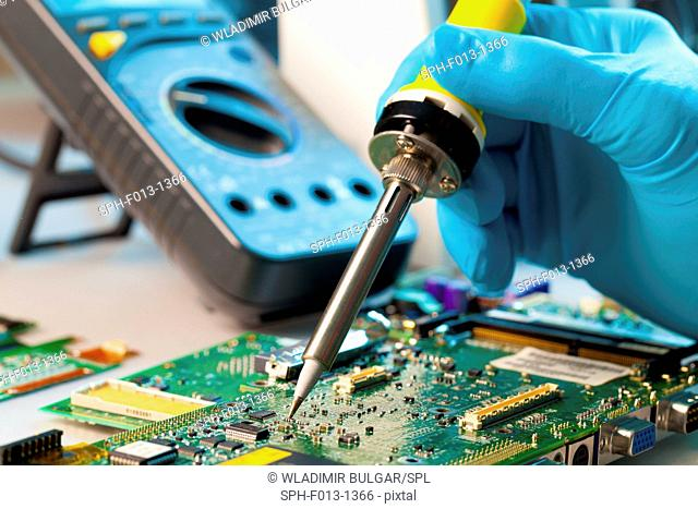 Soldering microchip on to a printed circuit board